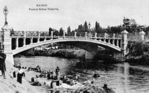 Lámina n? 22 [ Puente de Reina Victoria. Anos 20 ]