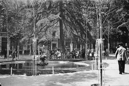 Lámina n? 32 [ Plaza de Santa Ana. 1966 ]