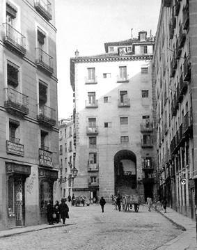Lámina n? 59 [ Arco de Cuchilleros. 1919 ]
