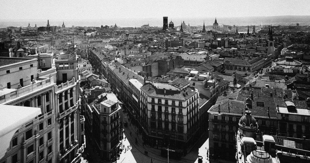 Vistas del Palacio de la Prensa, Madrid