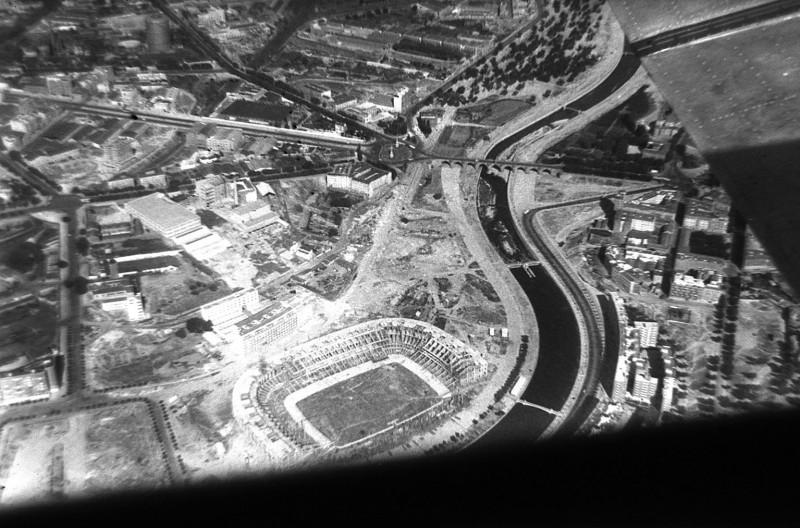 Estadio Vicente Calderón en obras, en 1962. Madrid