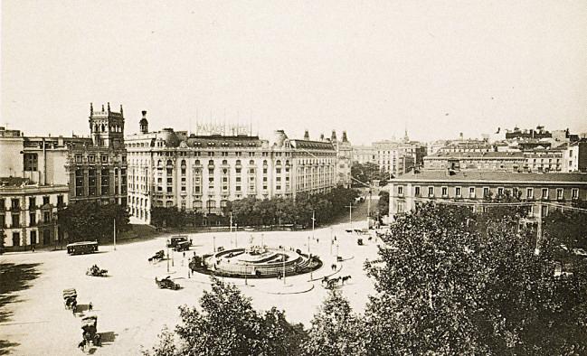 Plaza Cánovas del Castillo, años 30. Madrid