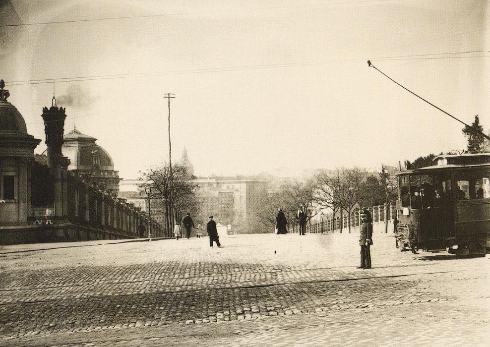 La foto de la semana: Cuesta de Moyano hacia 1925