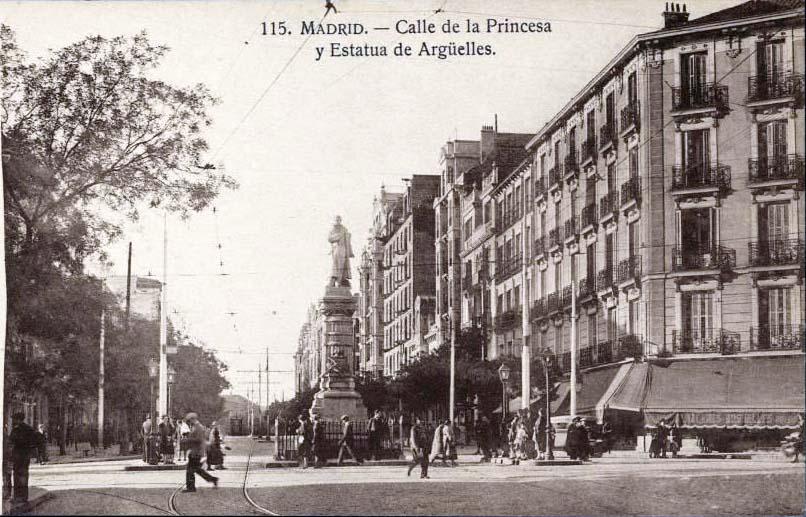 Calle Princesa. Años 30. Madrid