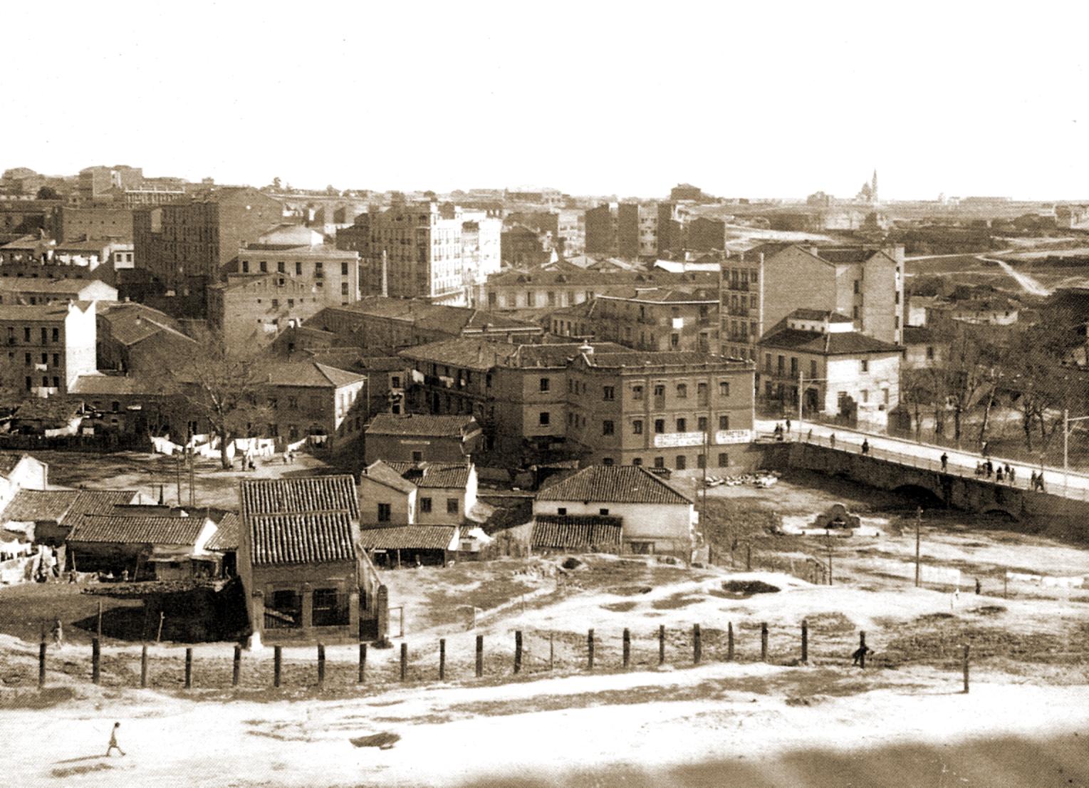 La foto de la semana: Las Ventas del Espíritu Santo. Puente del Abroñigal. 1933