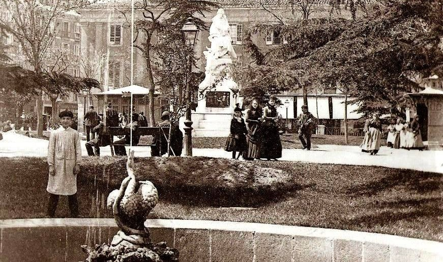 Plaza de Santa Ana de Madrid, foto antigua
