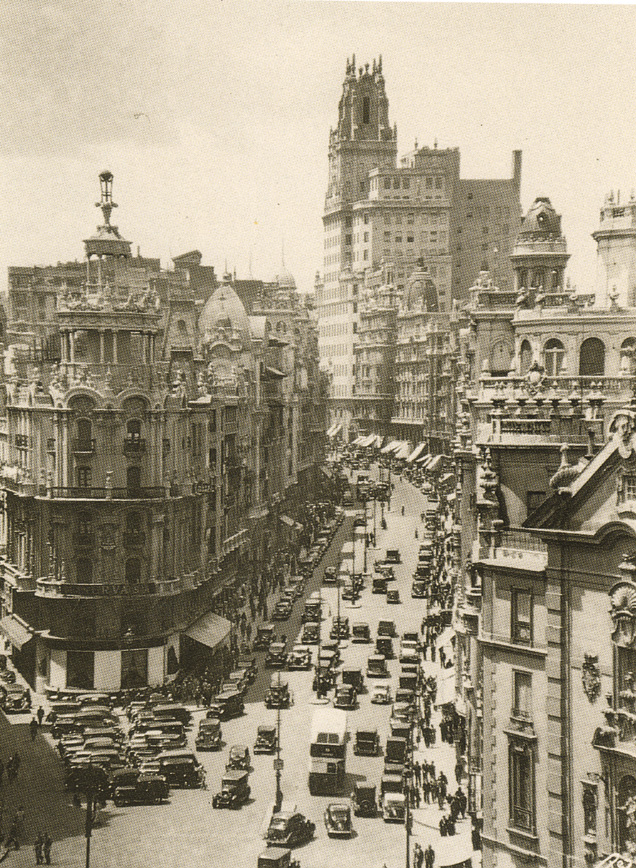 Gran Vía, en 1935. Madrid