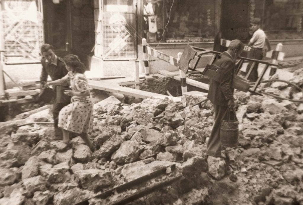 Obras en la Calle Montera, 1948. Madrid
