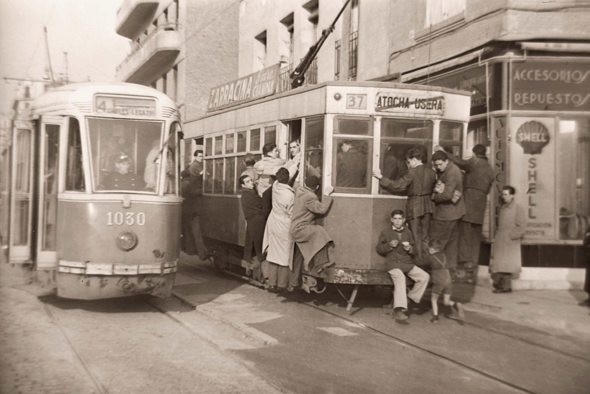 Tranvía por el Paseo de las Delicias, 1949