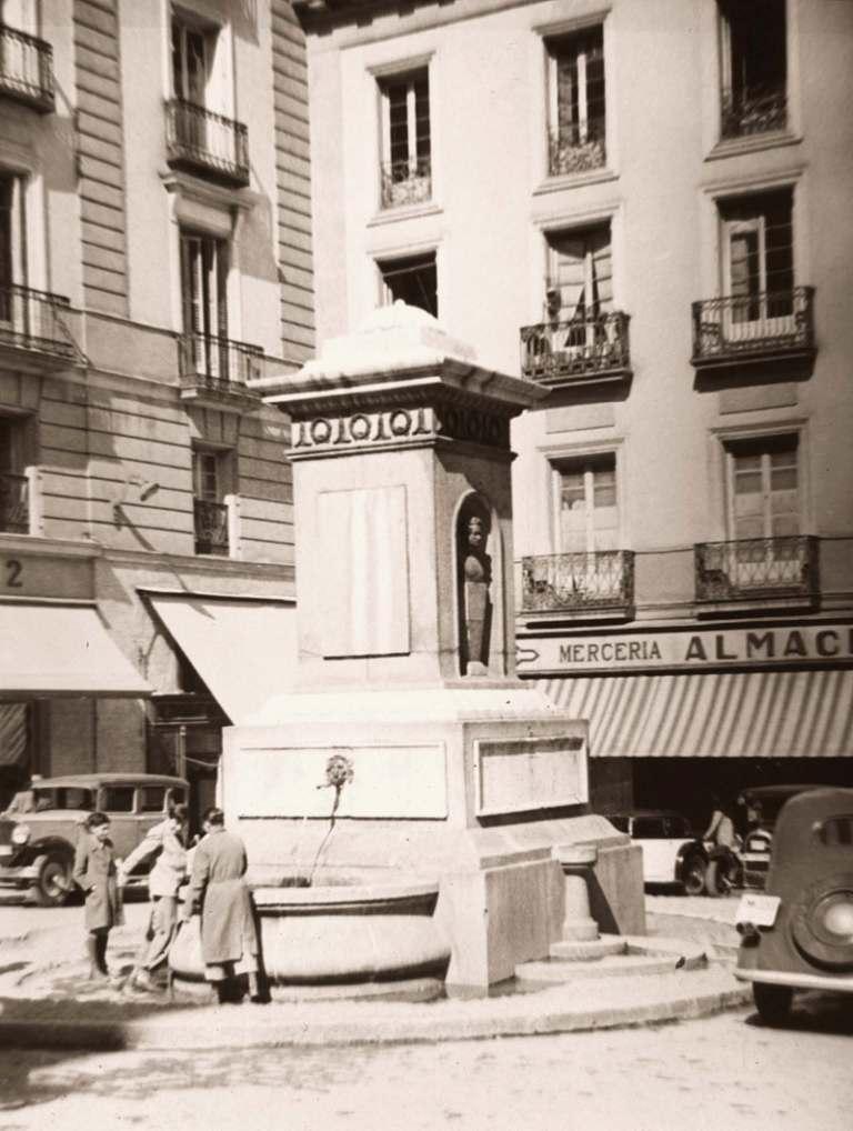 Plaza-de-Pontejos